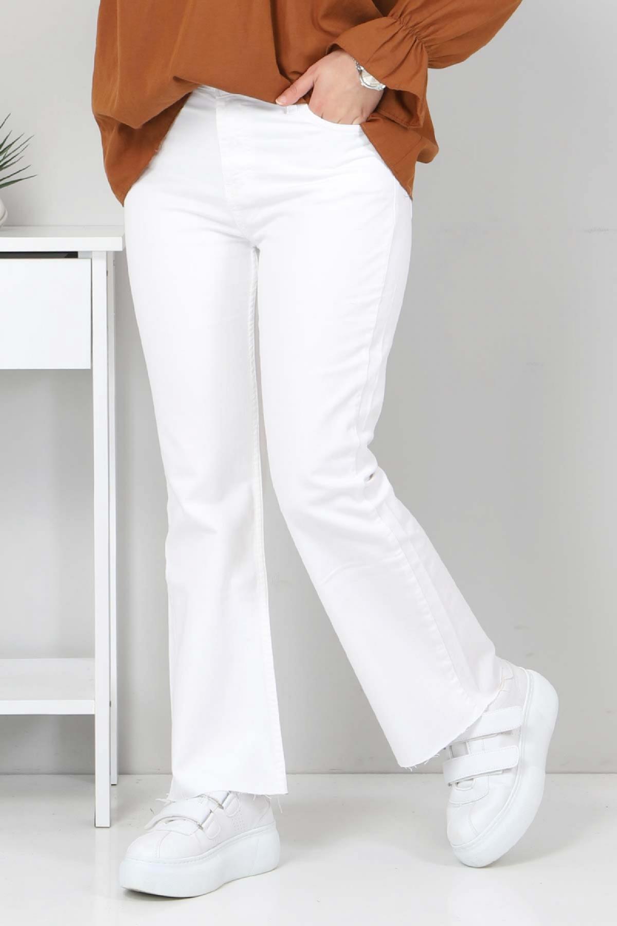 Bilek Boy İspanyol Paça Kot Pantolon TSD22059 Beyaz