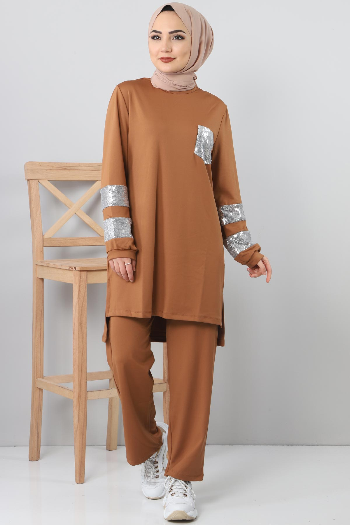 Sequined Tracksuit Suit TSD1982 Brown