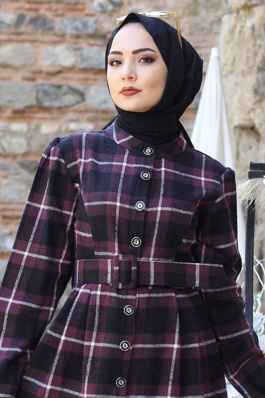 Plaid Patterned Arched Cape TSD0257 Plum
