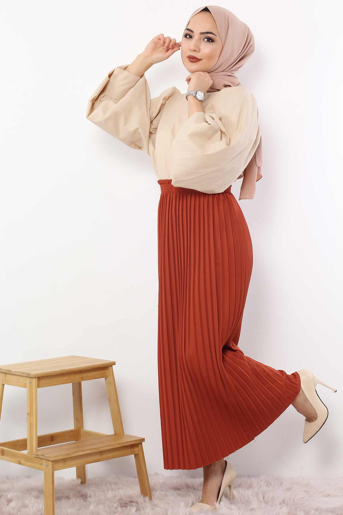 Pleated Pencil Skirt 1757 Tile