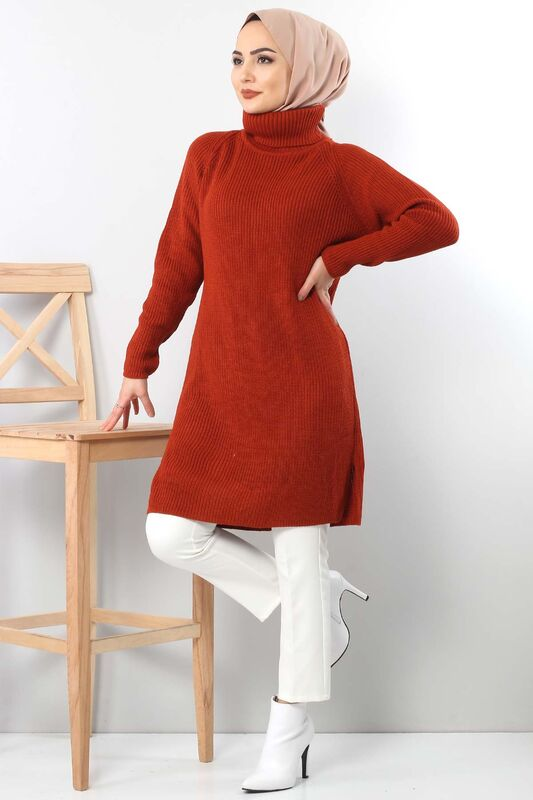 Tricot with neck tunic TSD6045 in brick color.