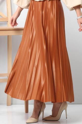 Tesettür Dünyası - تنورة جلدية بطيات TSD1741 بني الى برتقالي. (1)