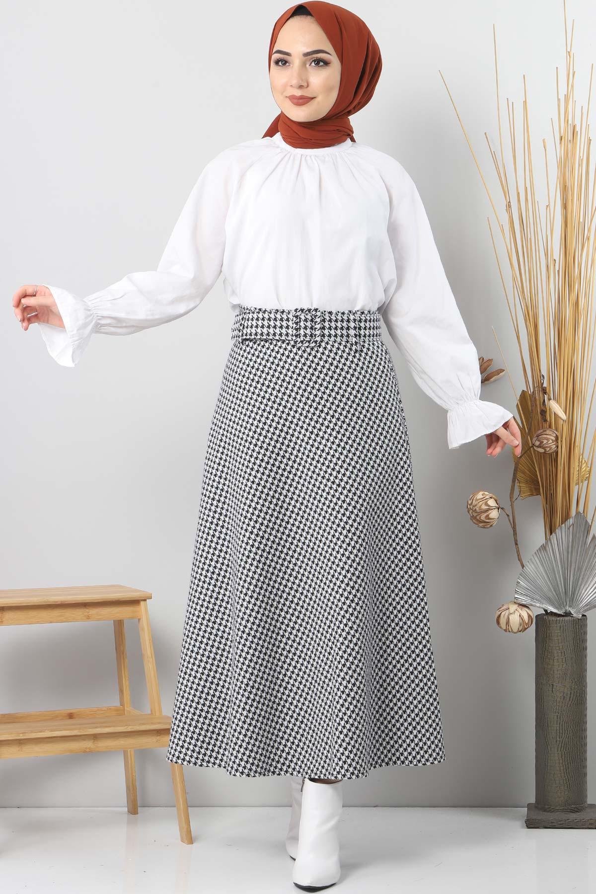 White TSD1613 Checkered Skirt