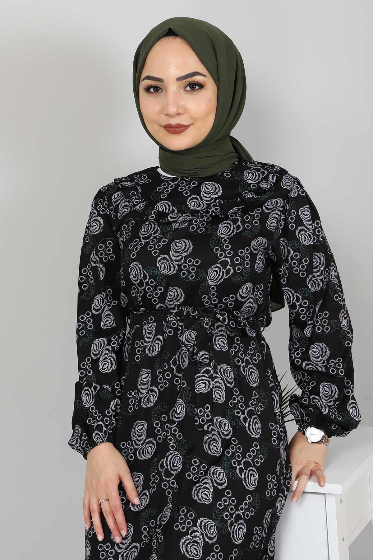Yakası FırfırDetaylı Elbise TSD4402 Siyah