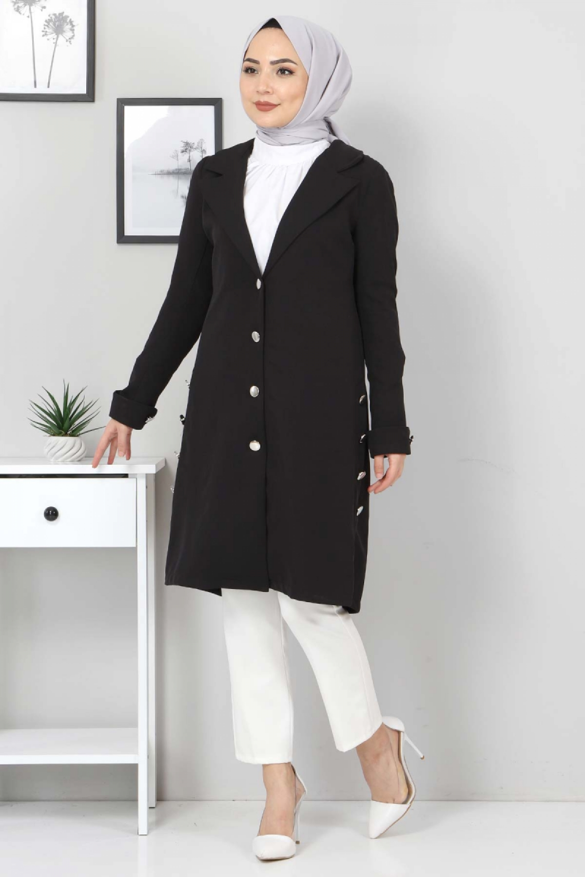 Yanları Süs Düğmeli Ceket TSD10638 Siyah